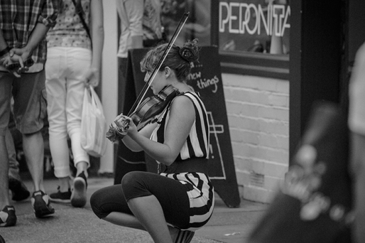 London the Busker and Violin - image Shane Aurousseau