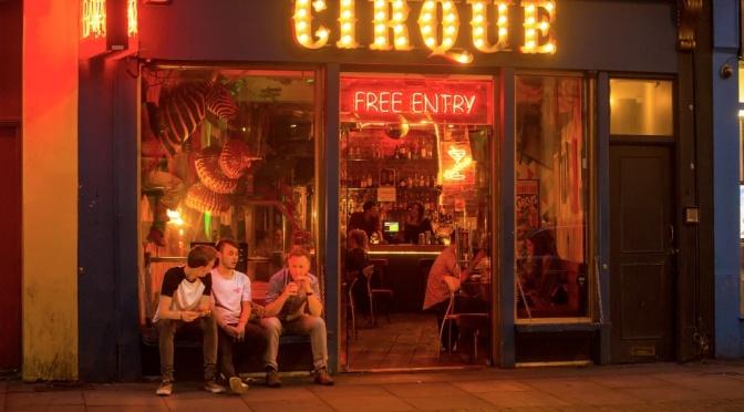 London a Night Traveler's View images Shane Aurousseau